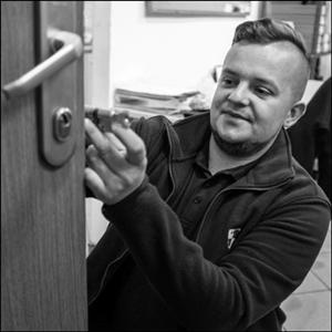 Awaryjne otwieranie zamków drzwi Tychy